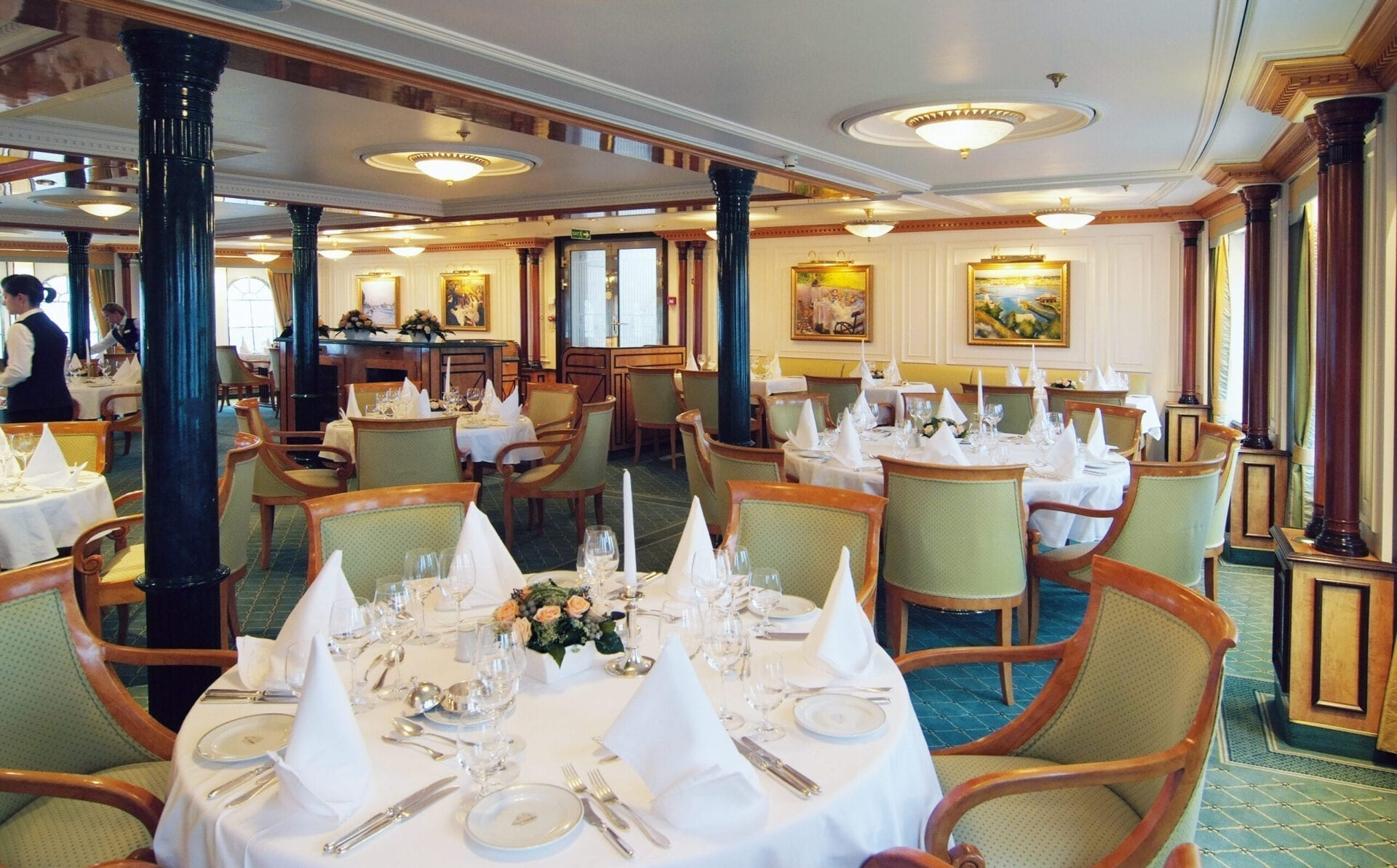 SeaCloud_II_Restaurant_02